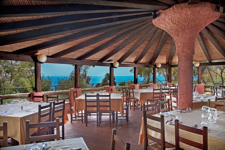 Cottage ristorante roma 28 images www cottageroma it - Bagno coi delfini ...
